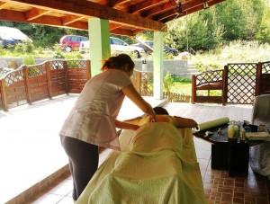 Delectare - a doua zi de masaj in aer liber, pe terasa